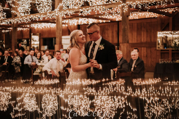 Bride and groom's 1st dance